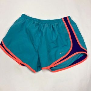 Womens M Nike Temp Running Shorts Athletic Gym Wor